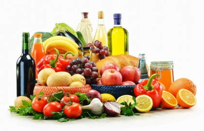 La dieta mediterranea: alimenti amici e nemici di denti e gengive